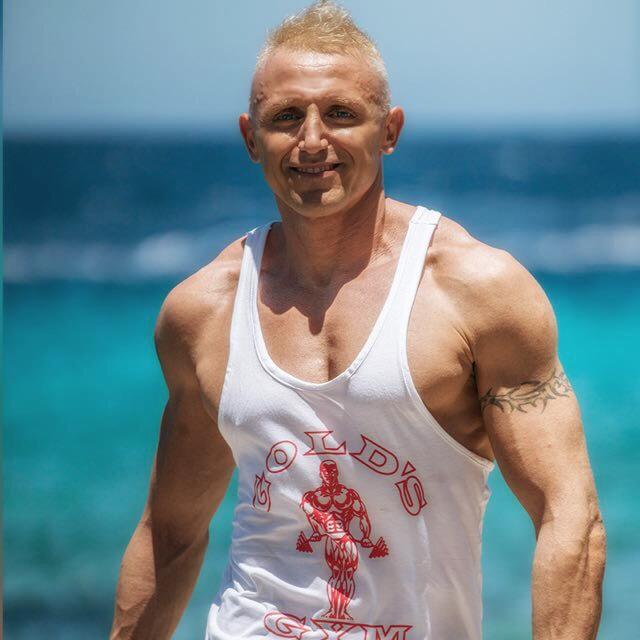 Ivano Cheers Curacao
